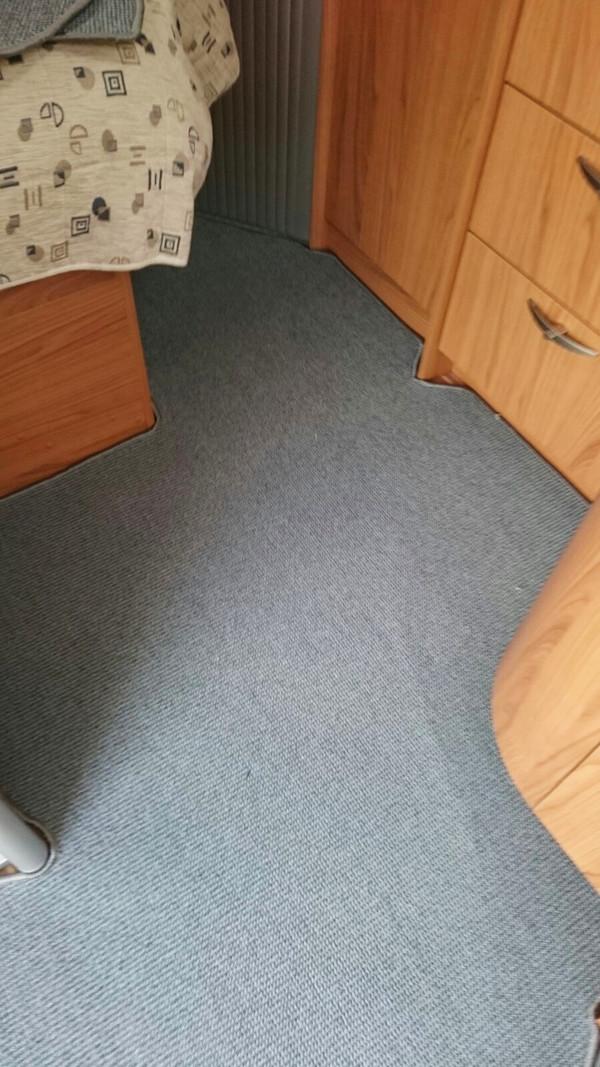 nieuw-camper-tapijt